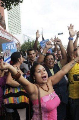 Cubans in Havana celebrate release of Cuban 5, Dec. 17, 2014
