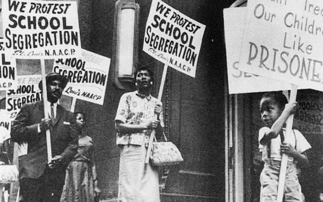 Protest against the segregation of U.S. schools