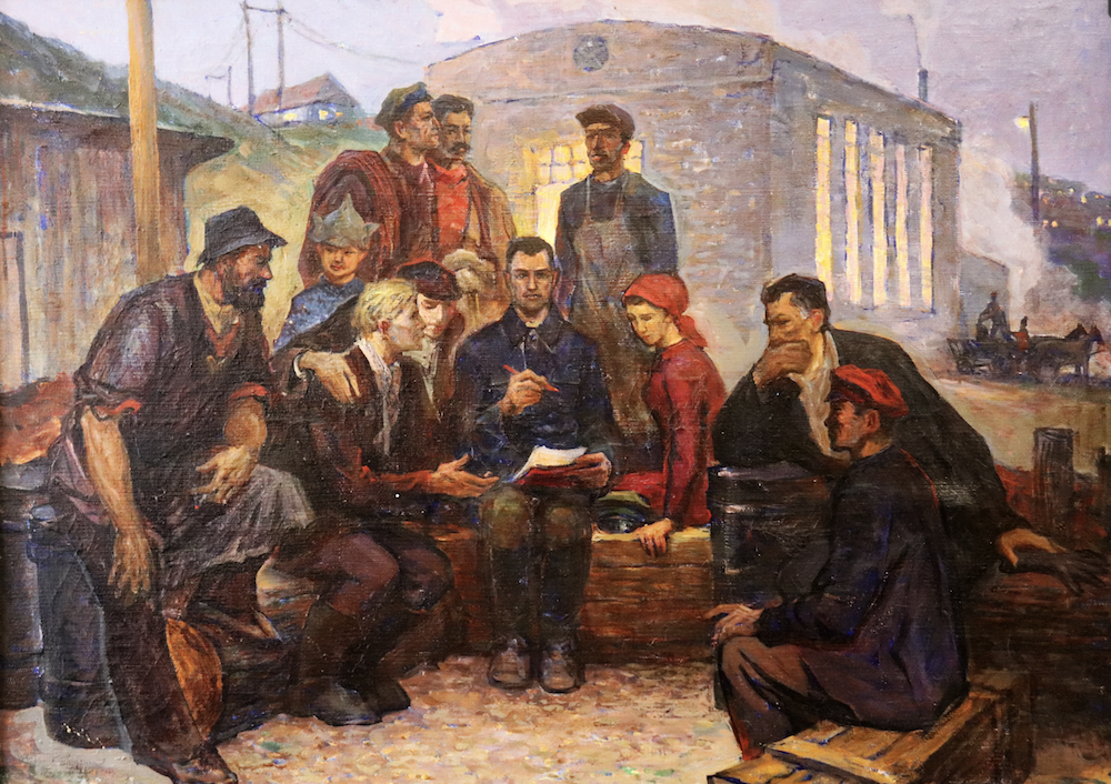 Romanian workers studying. Source: Tiraspol History Museum. Photo: Liberation School.